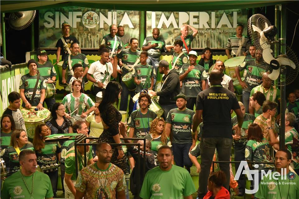 império-da-tijuca-estação-indoor-