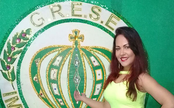 Miriam-Duarte--musa-império-da-tijuca-capa-2